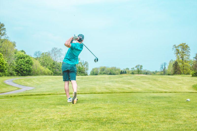 ゴルフ ティーインググラウンド