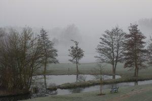 ゴルフ 朝イチ ナイスショット 打ち方 冬 寒い